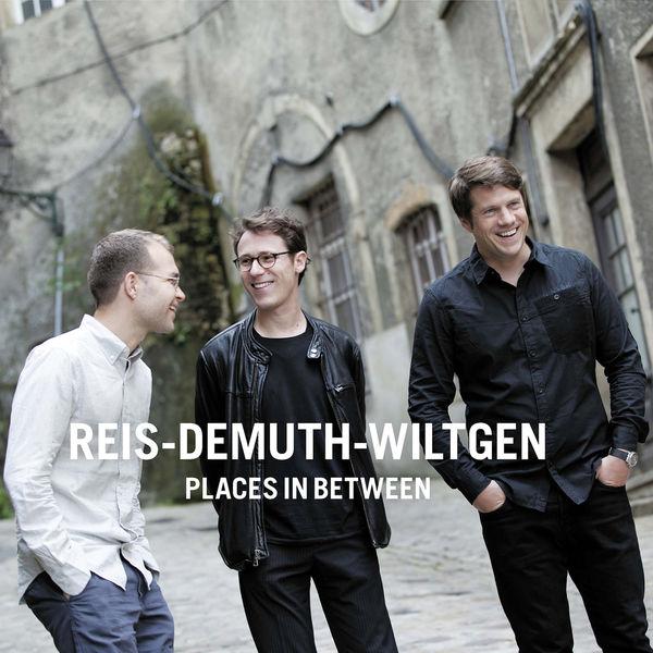 Reis-Demuth-Wiltgen Places in Between Double Moon 2016