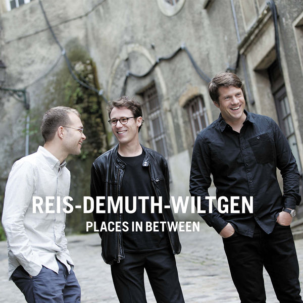 Reis-Demuth-Wiltgen Places in Between Double Moon 2016